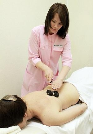 Акупресс-терапия эбонитовыми валиками