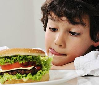 SOS:  Детские деликатесы